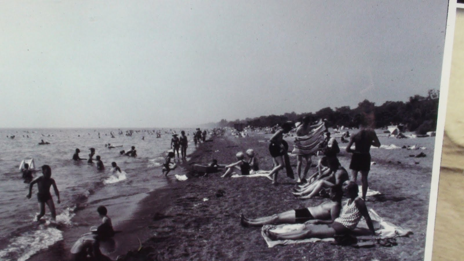 Sunbaders on the beach prior to it becoming a park.