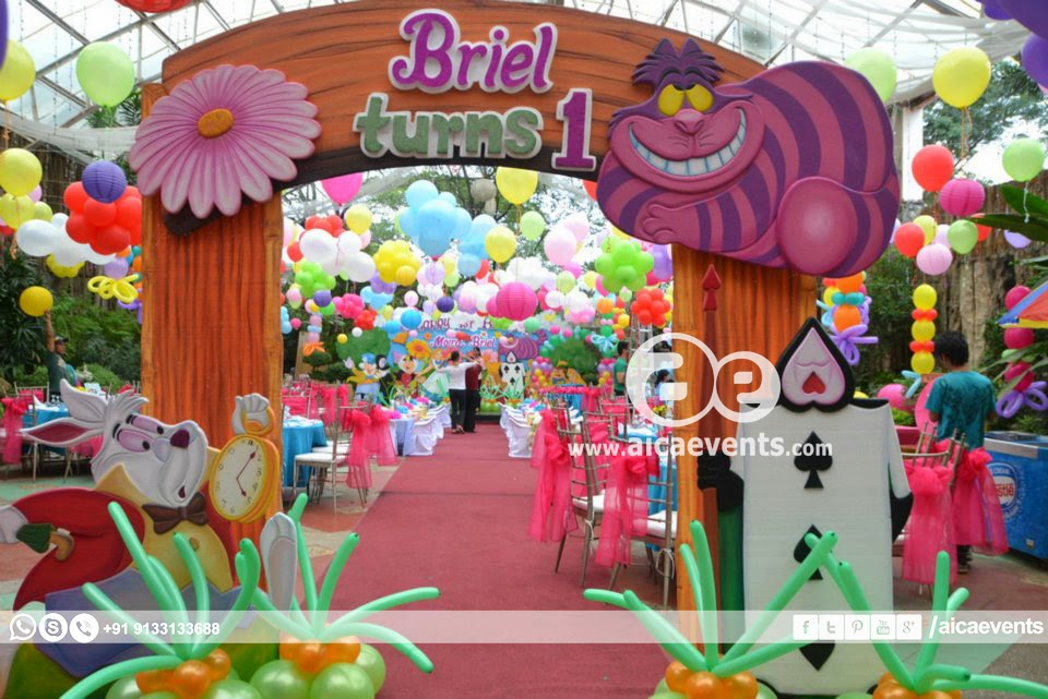 Aicaevents wonderland theme decorations for Alice in wonderland party decoration ideas