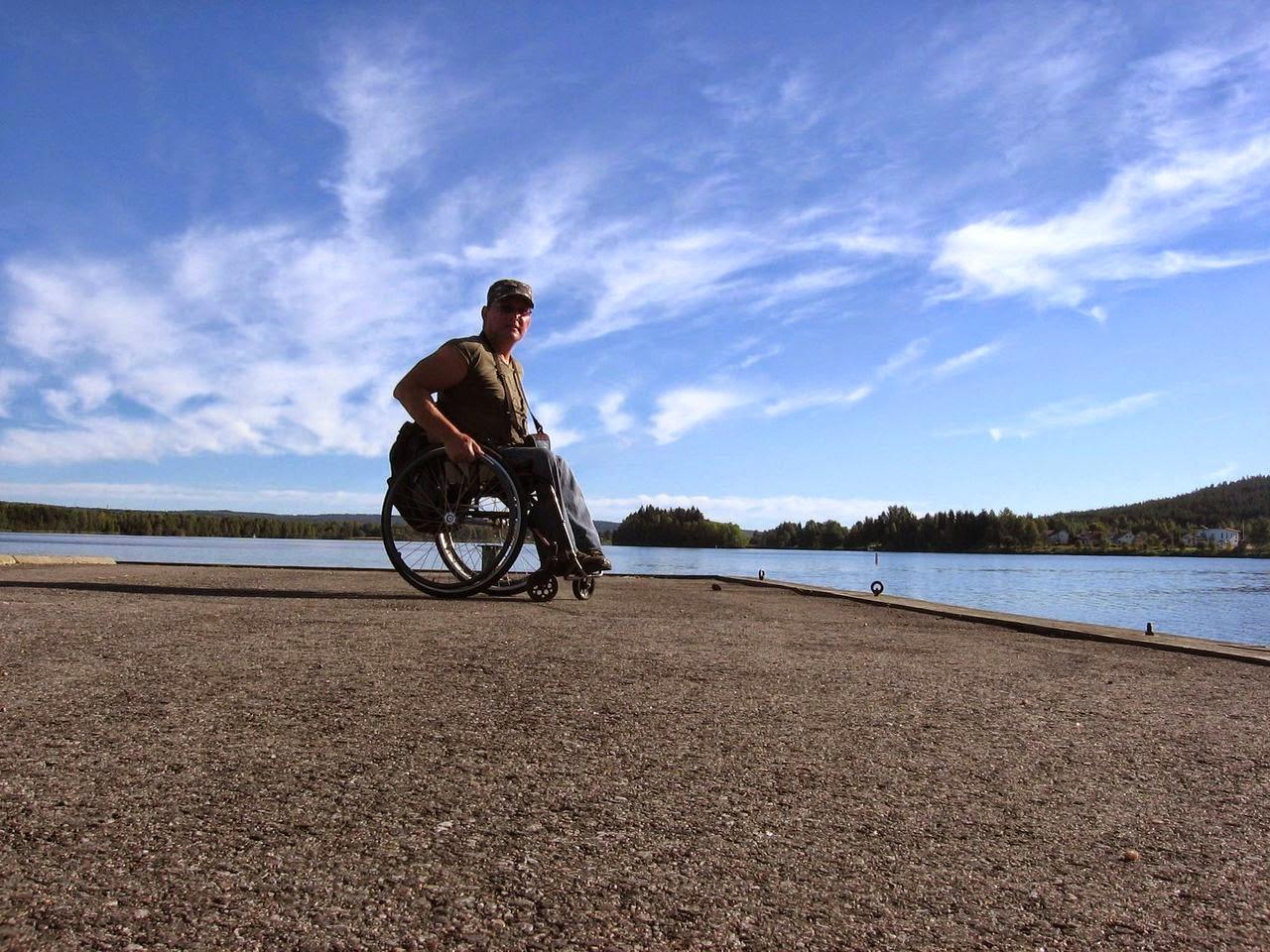 Vasile Stoica, 12000 de kilometri în scaunul cu rotile prin Europa. O lecţie de viaţă