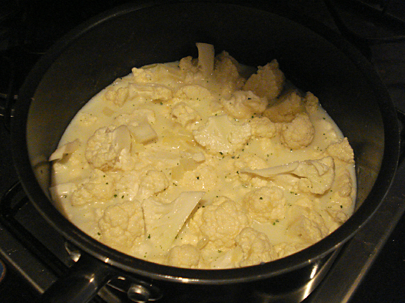 Remove from the heat, add the Gorgonzola and stir until melted.