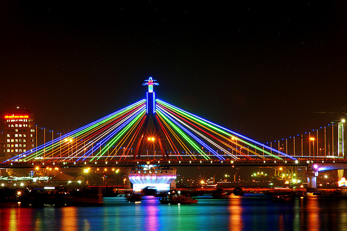 Han River Bridge in Đà Nẵng