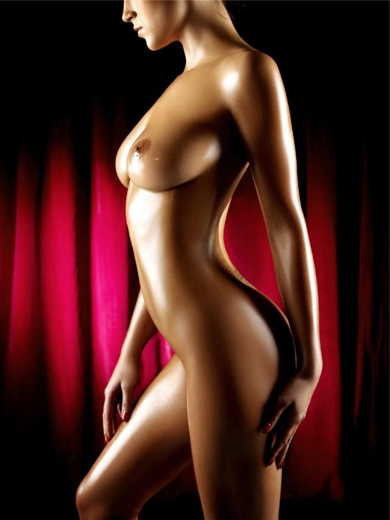 boy kiss nude girl chest