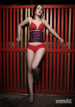 Holly Halftone Nude Photos 87