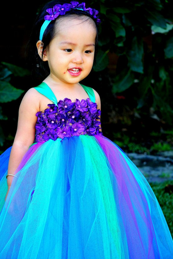 WEDDING DAY WEEKLY BLOGGING FOR BRIDES Peacock Flower Girl Dresses