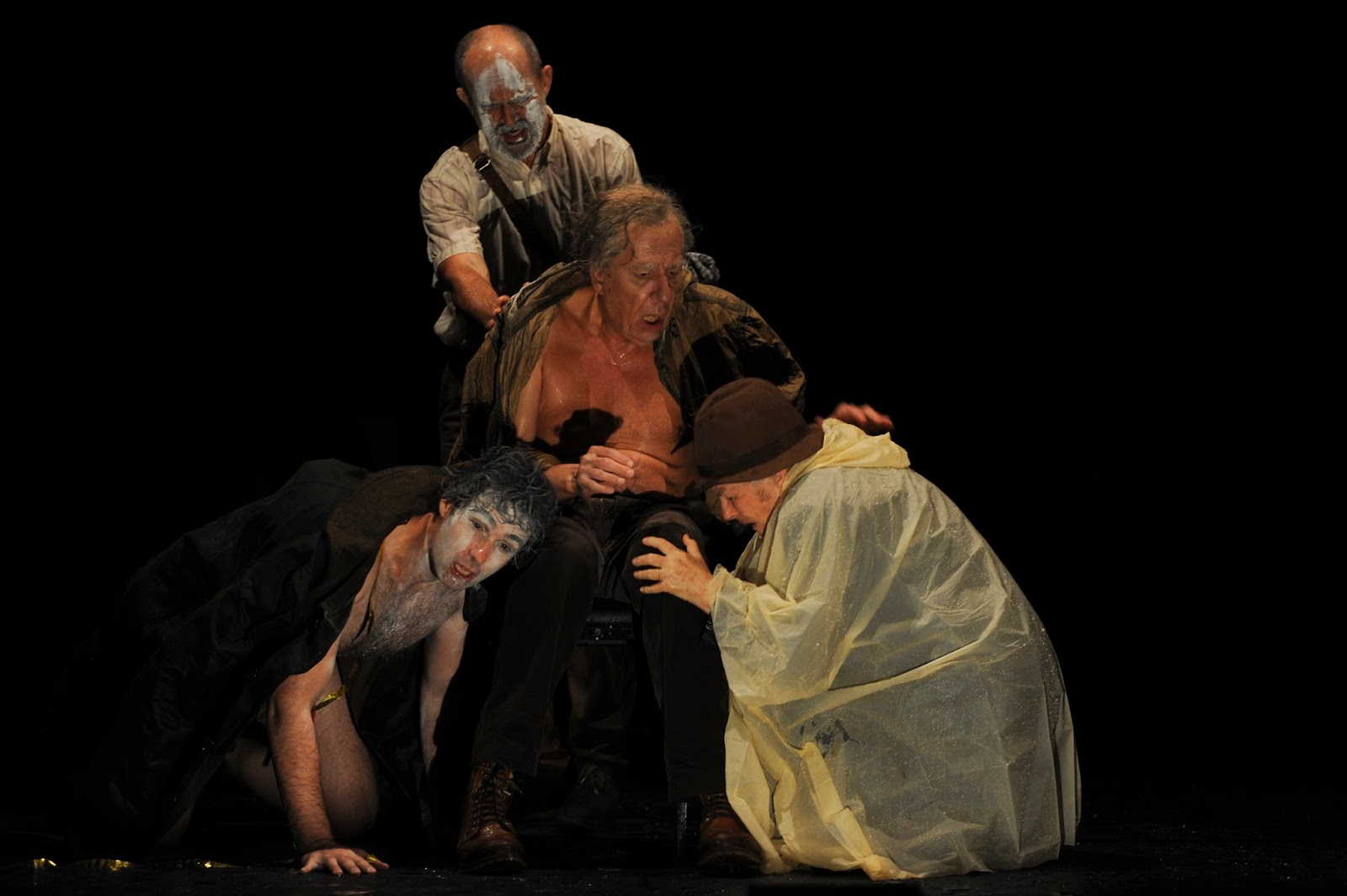 An analysis of the sense of renewal portrayed in william shakespeares king lear