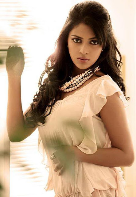 amala paul snaps hot photoshoot
