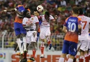 Felda United Tumpaskan JDT Walaupun Bermaian 10 Orang