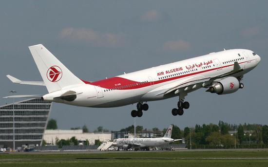 توظيف مضيفي ومضيفات الطيران في شركة الخطوط الجوية الجزائرية فيفري 2015 الخطوط+الج�