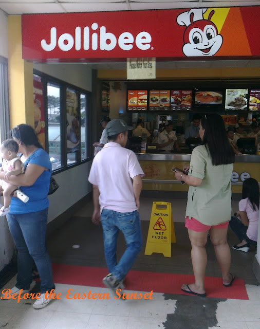NAIA Terminal 1 Jollibee branch