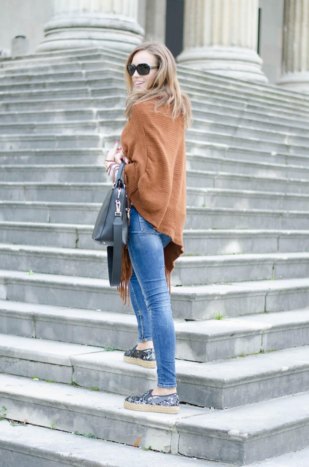 kristjaana mere lindex brown cape wool poncho blue skinny jeans fall trend
