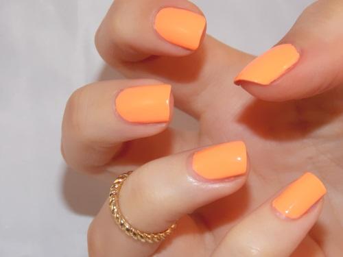 sun of a peach china glaze, sun of a peach swatch, vernis sun of a peach, sun of a peach nail polish, sun of a peach nail lacquer, blog beauté psychosexy