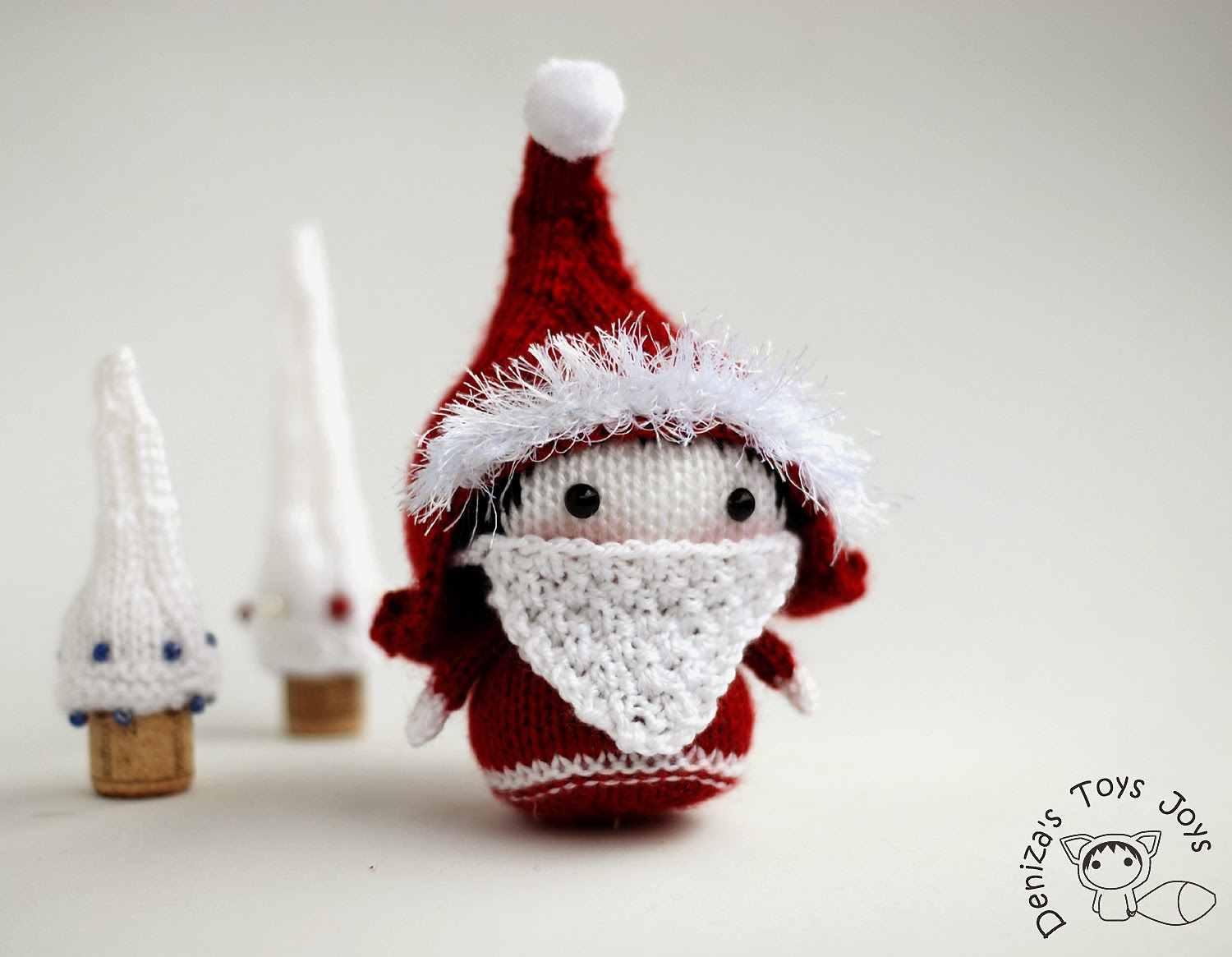 Denizas toys joys small santa gnome toy from the tanoshi for Gnome 3 decoration fenetre