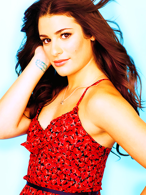 Lea Michele Hairstyles 31