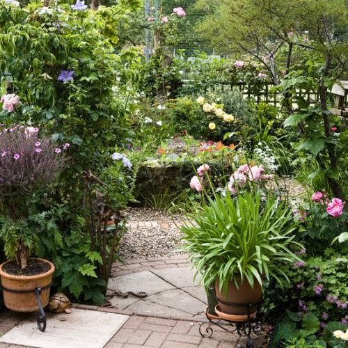 Inspire charm daily inspiration garden edition for Garden inspiration ideas