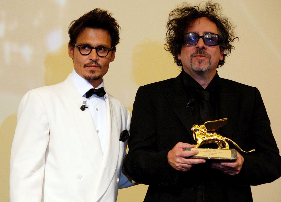http://4.bp.blogspot.com/-3aZkstHlyVY/TaOX9iJVCEI/AAAAAAAAAtk/7TQr5YsZtVs/s1600/Tim+Burton+Johnny+Depp.jpg