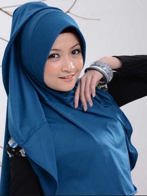 Cara Cantik Berfoto Berpakaian Busana Wanita Muslimah
