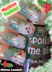 """Mistletoe Madness"" Glitter Polish Review"