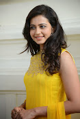 Rakul Preet Singh Gorgeous looking Photos-thumbnail-4