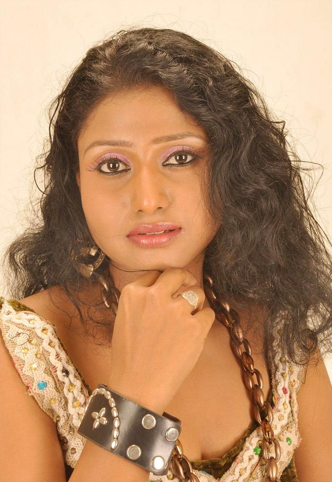 Chandrakala Purnima Modugumudi Wiki, Husband, Age, Bio ...