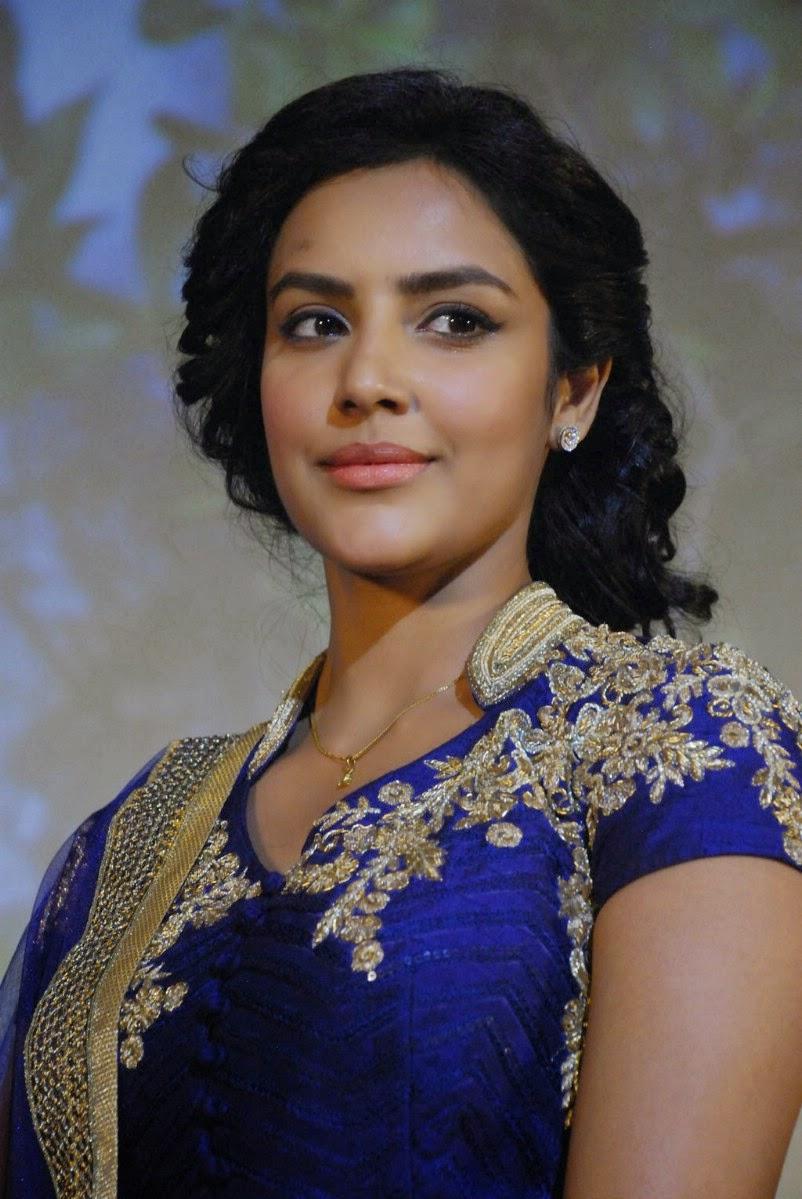 TamilCineStuff   : Thenaliraman Heroine Meenakshi Dixit
