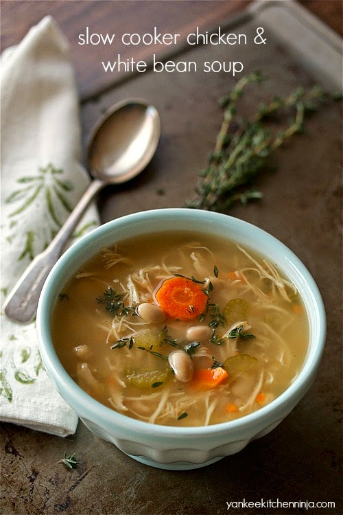 easy slow cooker chicken and white bean soup