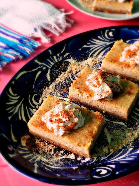 Pumpkin Cream Cheese Pie - lacocinadeleslie.com