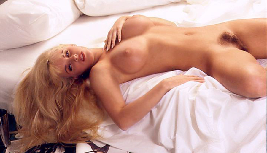 Jenny McCarthy Nude Pics Videos, Sex Tape ANCENSORED