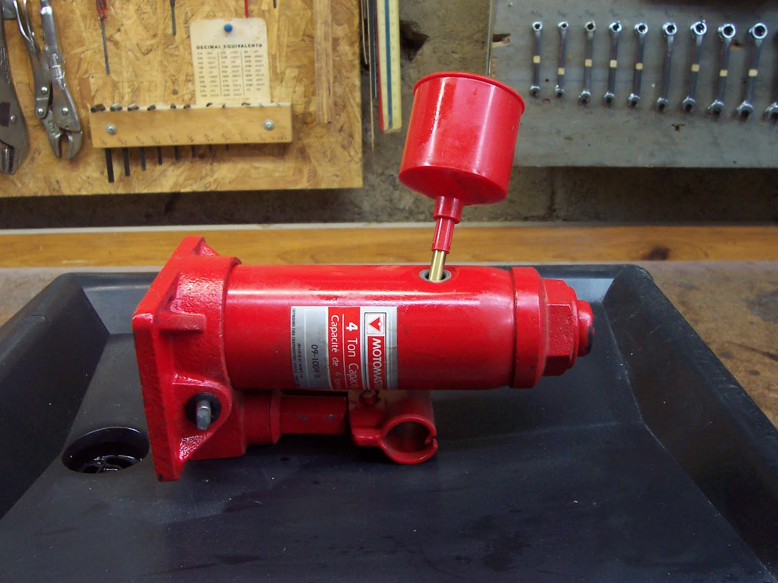 how to fix oil leaking hydraulic floor jack