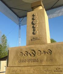 Monumentul Essens, realizat cu ocazia  deschiderii anului 2016