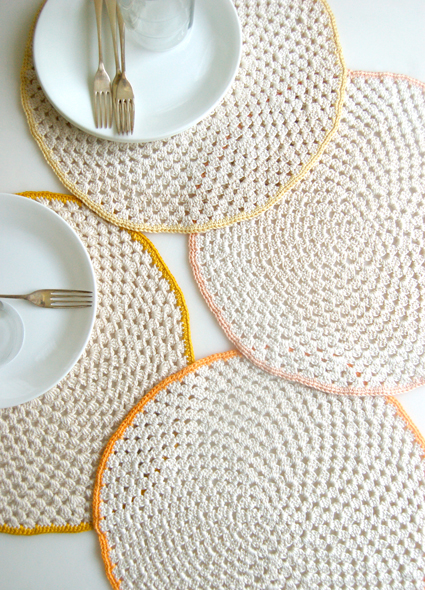 Crocheting Placemats : ... placemat set knit scallop edged placemat crochet gomitoli s placemat