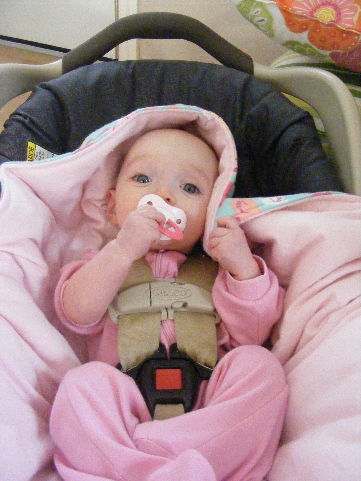 Tutorial} Hooded Car Seat Blankies | The Complete Guide to Imperfect