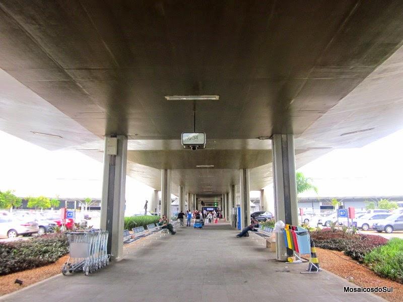 Foto da Entrada do Aeroporto de Confins, Minas Gerais