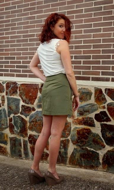look verde y blanco