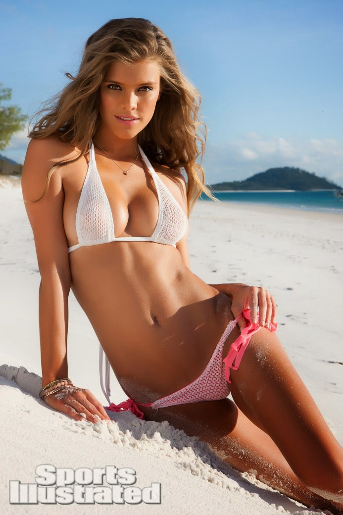sexy bikini babe Nina Agdal Sports Illustrated