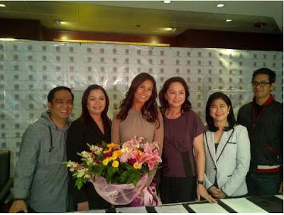 Iza Calzado ABS-CBN contract signing