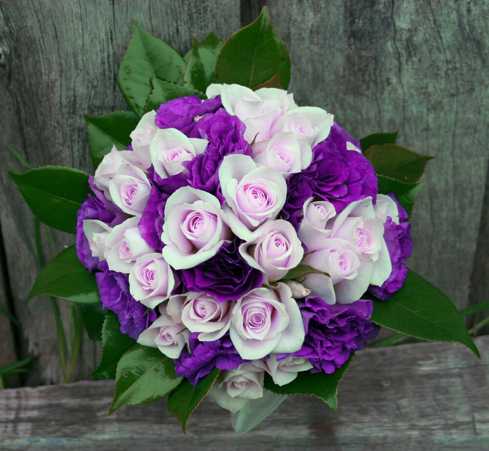 Wedding flowers wedding flowers purple for Bouquet of flowers for weddings