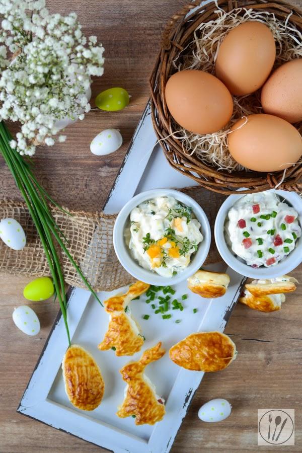 Für das Osterbuffet: Pikante Blätterteig-Hasen und -Eier