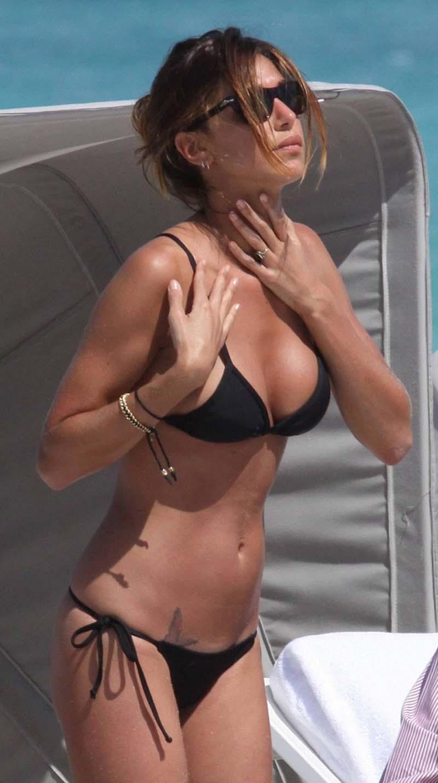 Belen rodriguez black Bikini pics | hot model hot actress