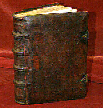 Promesas que no valen nada futura dedicatoria en antiguos for Libros antiguos para decoracion