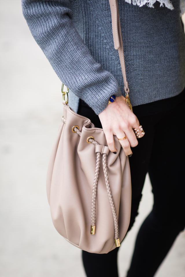 gray everlane wool sweater and taupe bucket bag M Loves M @marmar