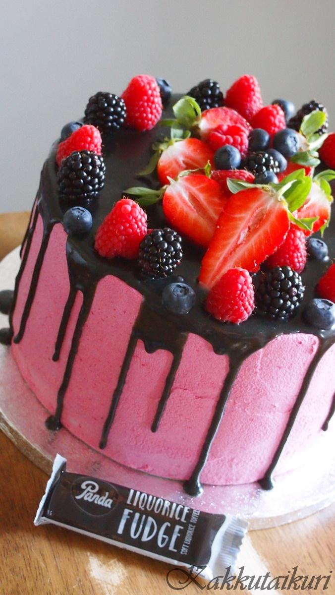 Vadelma-laku -kakku