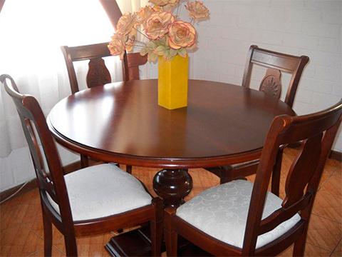 Stunning tapices para sillas de comedor photos casas for Tapiz para sillas de comedor