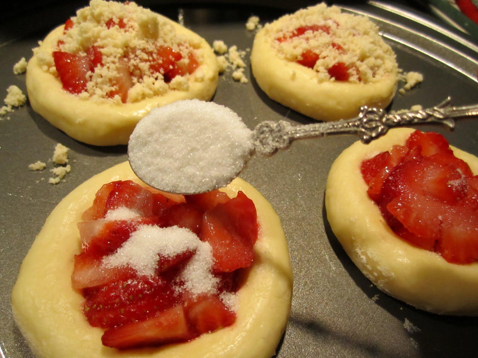 Kolache czech pastries recipe recipestudio forumfinder Image collections