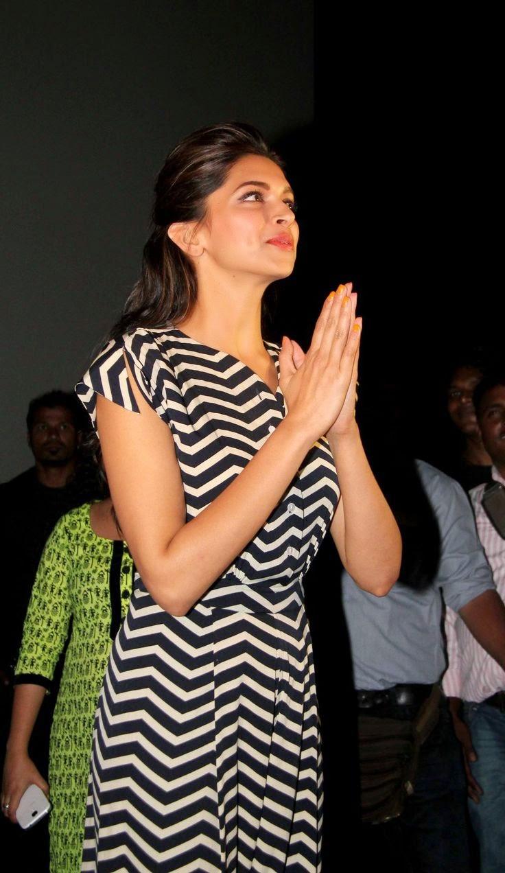 Deepika Padukone and Ranveer Singh Visit Chandan Cinema