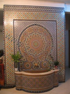 fontaines marocain en zellige traditionnel du fes beldi fassi - Zellige Beldi Une Colonne Dans Un Salon Moderne