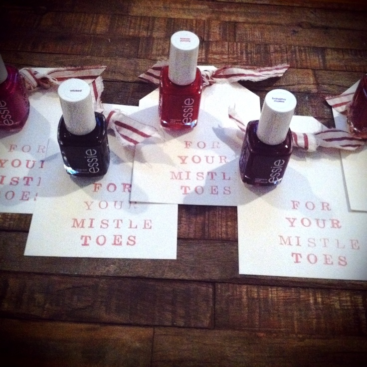 First comes love pinned this made that nail polish favors for Cute small gifts for friends