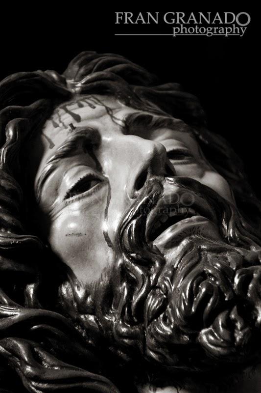 http://franciscogranadopatero35.blogspot.com/2014/05/la-bella-muerte-descansa-en-la-capilla.html