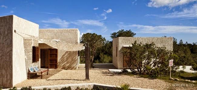 Estilo rustico casa rustica moderna en formentera for Casa moderna y rustica