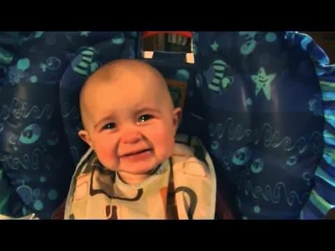 Emoción,bebé,cantar