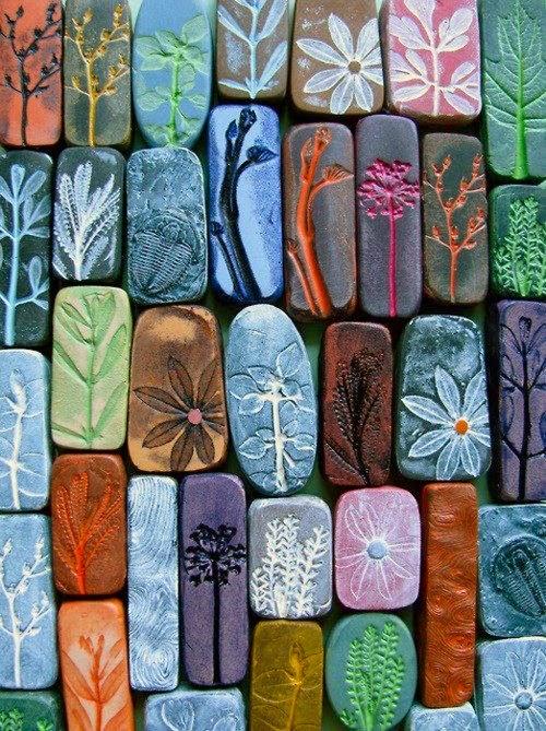 painted rocks piedras